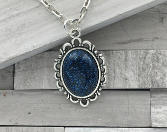 Shimmer Glimmer navy blue small oval pendant