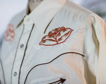 Off-white Pearlsnap with Floral Embridery