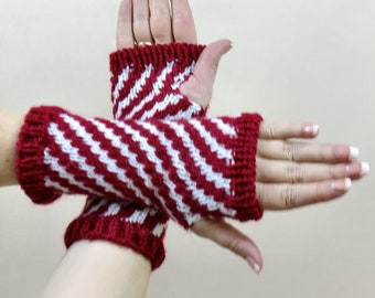 Christmas Fingerless Gloves, Candy Cane Striped Arm Warmers, Red & White Stripes Wrist Warmers, Holiday Gauntlets,  Fingerless Arm Sleeves,