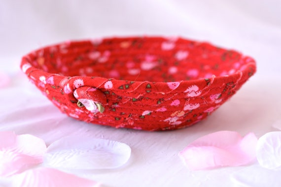 Cute Red Decoration, Handmade Red Fabric Gift Basket, Cute Red Desk Accessory Basket, Bling Ring Dish, Candy Bowl