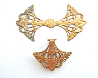 VINTAGE flower copper metal stamping, jewelry findings, 56mmx30mm