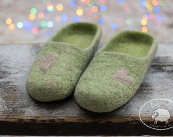 Mindfulness gift for husband gift for him Mens Slippers Green slippers House Shoes Felt slipper House Slippers Warm Slippers