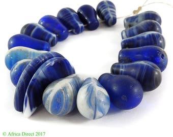 18 Wedding Trade Beads Globular Blue Africa Loose 116587
