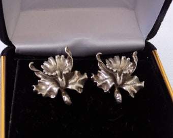 Vintage sterling silver orchid flower screw back earrings, retro jewelry