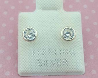5mm Round Cubic Zirconia, Sterling Silver Stud Earrings Bezel, 5mm CZ in Bezel,  Silver Bezel Studs, Cubic CZ , Broquel Biselado 5mm Plata
