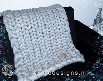 100% Merino Wool Blanket 60 x 80 cm/Plaid thick, soft and warm Wool grey Chunky knit chunky knit