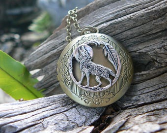 wolf locket, wolf necklace,  moon necklace, tribal locket, tribal necklace, photo locket,boho, photo pendant,locket jewelry