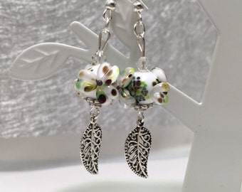 Earrings with Pearl flower and charm sheet ref 720