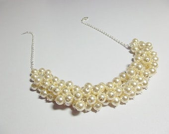 Cream Pearl Cluster Necklace, Wedding Jewelry, Bridesmaid Necklace, Christmas Gift, Mom Sister Grandmother Jewelry Gift