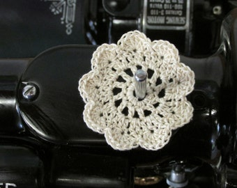 "FLAT Spool Pin Doily (2.0"") - NATURAL"