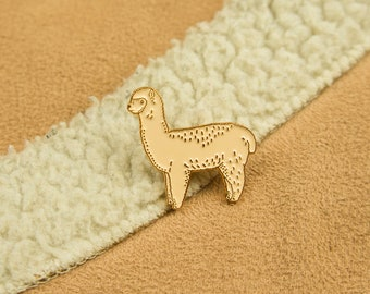 Alpaca Pin / Llama Pin / Cute Animal Pin / Emaille Pin / Llama Gifts / Alpaca Cute Pin / Soft Enamel Pin / Pin and Badge / Kawaii Pin