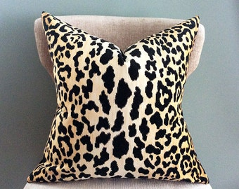 Throw Pillow Covers, Velvet Pillow, Leopard Pillow cover, Animal print pillow, Pillow case, Gold Black Pillow