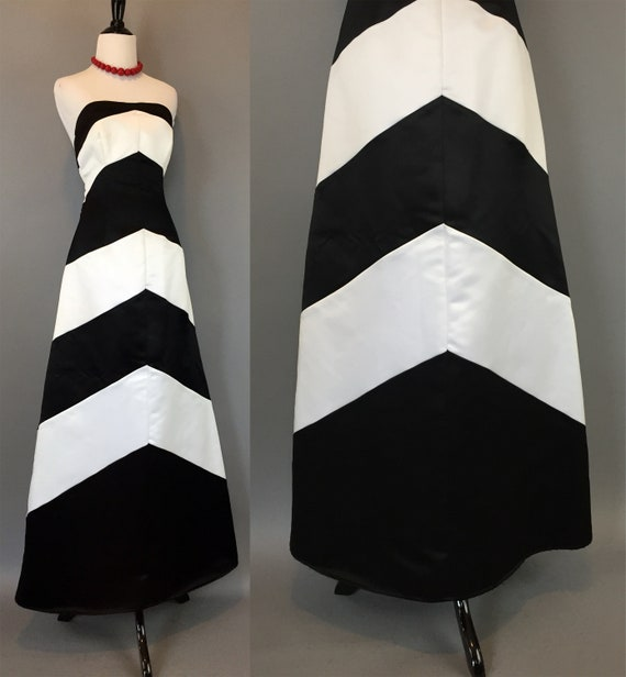 Vintage 90s mod black and white striped Prom Dress strapless chevron bold graphic formal party gown gwen stefani size Small s 7/8