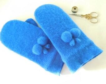Wool blend mittens