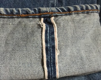 Vintage 1970s Levi's 501 Red Line Selvedge Single Stitch Button Fly Jeans American Classic 30 x 38 Made in USA Boyfriend Jeans 27x33 Actual
