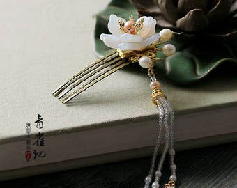 Chinese hair comb/flower hair stick/hair pin,white hair accessories,gift for women,gift for her