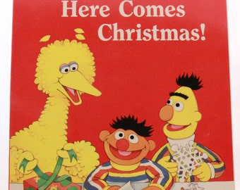 New - Old Stock 1989 Sesame Street Here Comes Christmas Coloring & Activity Book - Golden Books