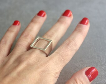 Square ring, Sterling silver ring, Modern jewelry, Womens ring, Geometric ring.