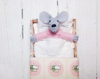 Hand made dolls tiny mouse felt animals felted animals matchbox mouse felt doll stuff mouse small animals plush mouse travel toy