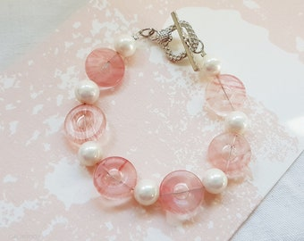 Women bracelet, romantic jewelry pink tenderness doughnuts pink stone bead, Pearl mother of Pearl, 18 cm wire bracelet, mothers day gift