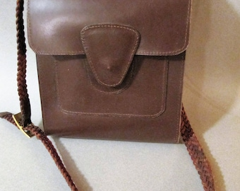 Vintage leather messenger cross-body bag