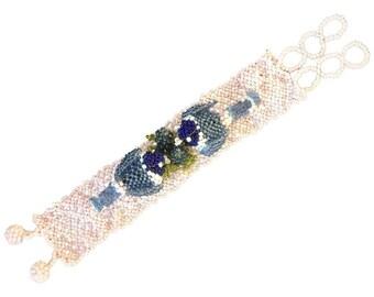 Art Deco Beaded Love Bird Bracelet. French. 1930's.