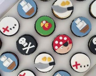 12x Edible Pirate cake toppers