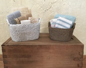 Miniature Dollhouse Clothes Baskets, Miniature Laundry Baskets, Laundry Baskets, Miniature Laundry, Miniature Baskets