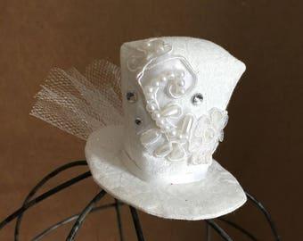 Mini Top Hat - White bridal hat - wedding rehearsal - bridal shower