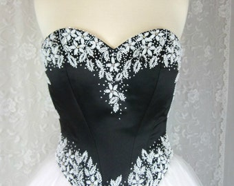 Tiffany Designs Prom Dress - Gorgeous Sweetheart Bodice - Black and White Prom or Pageant Dress - Size 0 - Tiffany Princess