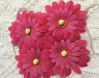 4 Two Tone Pink Fabric DAISY  Flowers  .