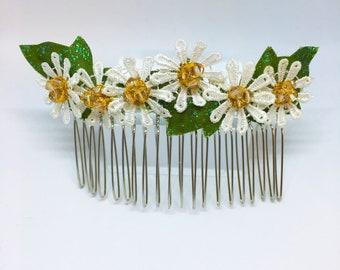 Daisy Sparkle Hair Comb