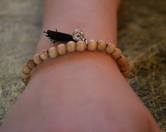 Bracelet wood beads and tassel