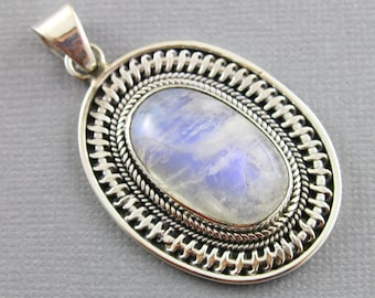Rainbow Moonstone Pendant, 925 sterling silver pendant, Silver Pendant, Pendant for Necklace, Rainobow Moonstone, Artisan Pendant, (SP-7015)