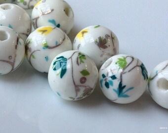 12 mm Little Yellow Flower Porcelain Beads (.nm)