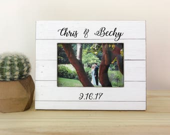 Personalized Wedding Frame. Wedding gift. Bridal shower gift. Thank you gift. Anniversary gift. Couple picture frame. Per