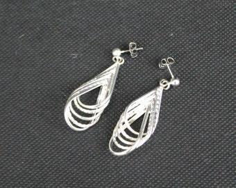 Silver Twisted Strand Loop Dangle Pierced Earrings.