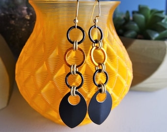 Black Scalemail Earrings / Chainmail Earrings / Yellow and Black Earrings