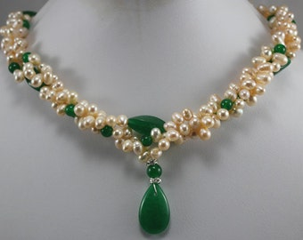 PEARL NECKLACE - cultured freshwater pearl & green jade necklace pendant