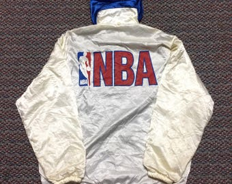 Rare!!!vintage jacket hoodie/sweater/windbreaker NBA..nice condition..size medium