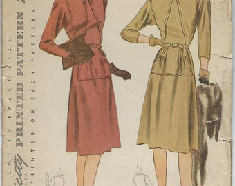 Vintage 1940s Simplicity Sewing Pattern 4125 / Misses and Womens Dress / Size 14 Bust 32