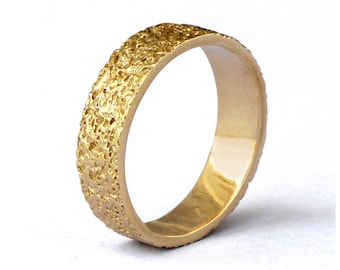 STARDUST Gold Wedding Band, Alternative Wedding Band, Textured Wedding Band, Gold Mens Wedding Band For Women, His and  Hers