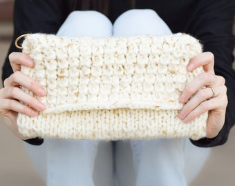 Knit Clutch Pattern, Easy Knit Purse Pattern, Knit Bag Pattern, The Soho Knit Clutch Pattern, Beginner Knitting Pattern Bag, Makeup Bag