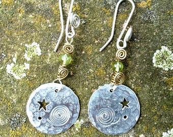 Moon Megalith Earrings, Jewellery silver, SquareHare, free Postage, vegan, UK pagan