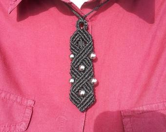 Macrame set of earrings and necklace, macrame set, women's tie pendant, unusual necklace, black earrings and necklace, micromacrame set