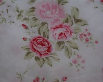 "Rachel Ashwell "" Wildflower Bouquet"" Fabric Pink Roses 30""X18"""