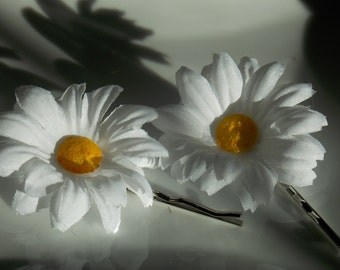 Set of 2 White Daisy Flower Bobby Pin , Spring and Summer Hair Clip, Flower Daisy Hair Clip, Flower Hair Accessory By Rio's bows