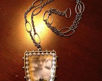 Victorian Bride Portrait Pendant and Chain Free Ship USA
