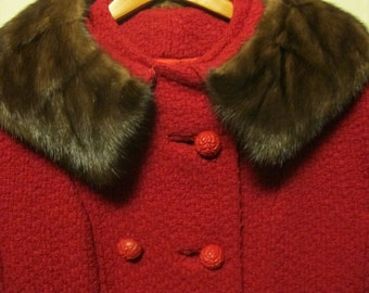 Vintage Retro 1960's Raspberry Red Wool Coat with Mink Collar Size Medium 8