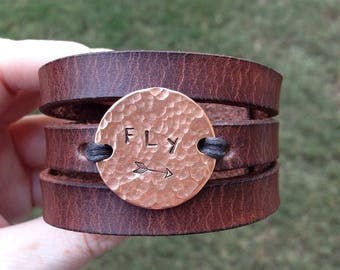 Personalized Leather Bracelet Women, Womens Custom Leather Bracelet, Womens Leather Cuff Bracelet, Best Friend Gift, Best Friend Bracelet